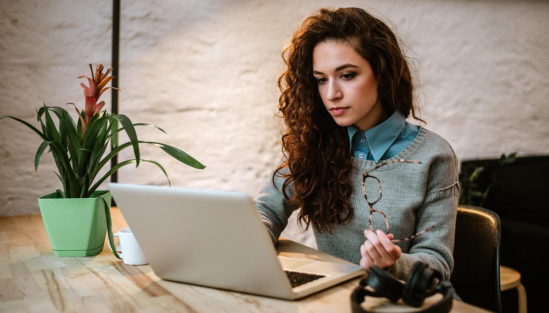 Mac's List customer video tutorials